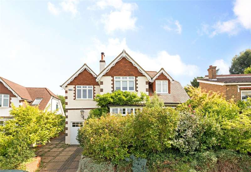4 Bedrooms Detached House for sale in Deepdene Gardens, Dorking, Surrey, RH4