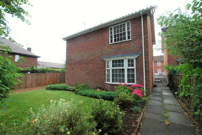 1 Bedroom Flat for sale in Overleigh Road, Handbridge
