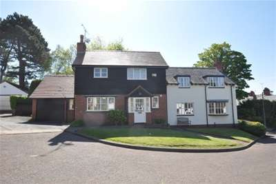 4 Bedrooms House for rent in Tithebarn Close Lower Heswall