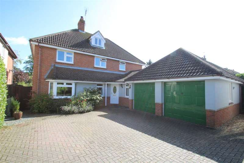 4 Bedrooms Detached House for sale in Crouch Green, Castle Hedingham CO9 3DY
