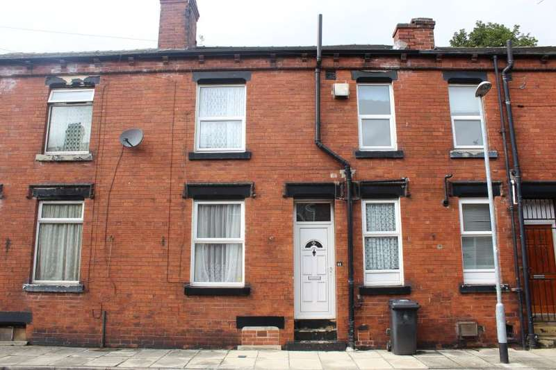 1 Bedroom Terraced House for sale in Dobson Terrace, Beeston, LS11