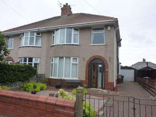 3 Bedrooms Semi Detached House for sale in Homfray Avenue, Torrisholme, Morecambe, LA3 3AG