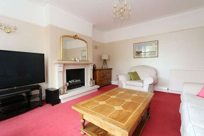 4 Bedrooms Semi Detached House for sale in Hoodcote Gardens, London, London, N21 2NE