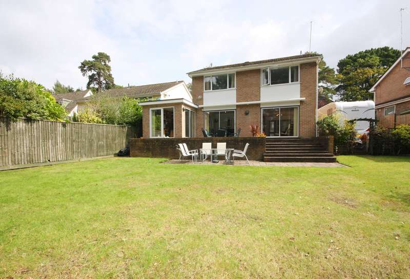 4 Bedrooms Detached House for sale in Alton Road, Lower Parkstone, Poole, BH14