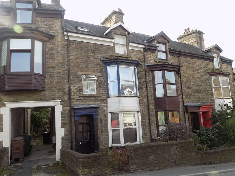 1 Bedroom Flat for sale in Fairfield Road, Buxton