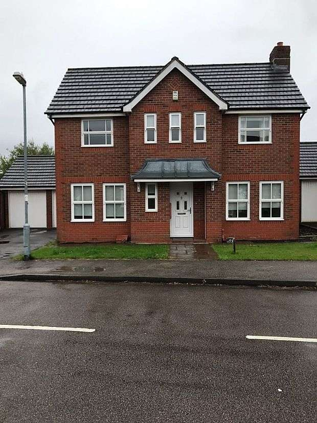 3 Bedrooms Detached House for sale in Rowan Close, Sutton Coldfield, West Midlands, B76