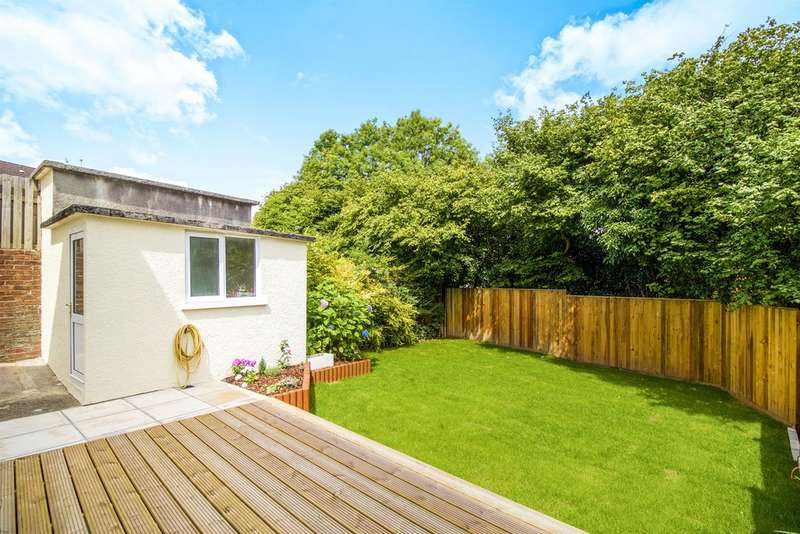 2 Bedrooms Semi Detached House for sale in Fron Heulog, Bridgend