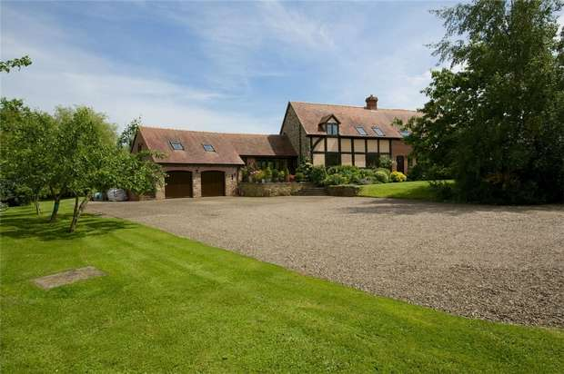 4 Bedrooms Link Detached House for sale in 5 Upper Court, Luston, Leominster, Herefordshire