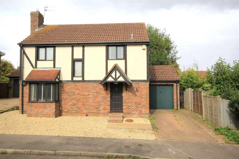 3 Bedrooms Detached House for sale in 3 BED DETACHED with ENSUITE SHOWER and DRESSING ROOM to the MASTER BEDROOM in The Shrubbery, Fields End