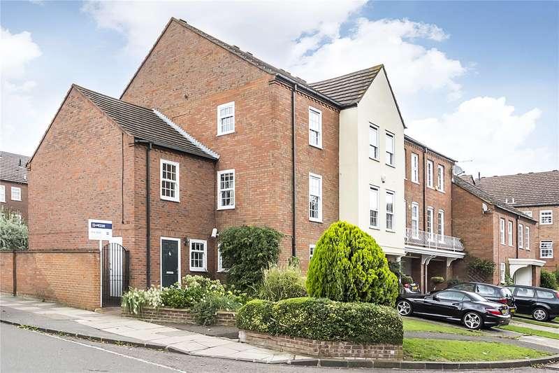 5 Bedrooms House for sale in College Close, Twickenham, TW2