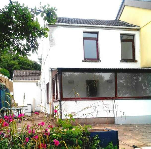 2 Bedrooms Semi Detached House for sale in Greys terrace, Swansea, Swansea, SA7
