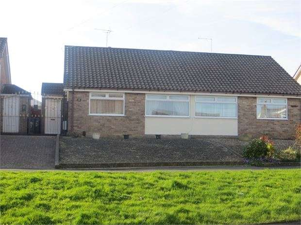 2 Bedrooms Semi Detached Bungalow for sale in Ridgeway Lane, Whitchurch, Bristol, BS14 9PP