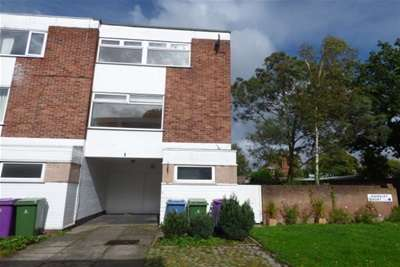 3 Bedrooms House for rent in Handley Court, L19