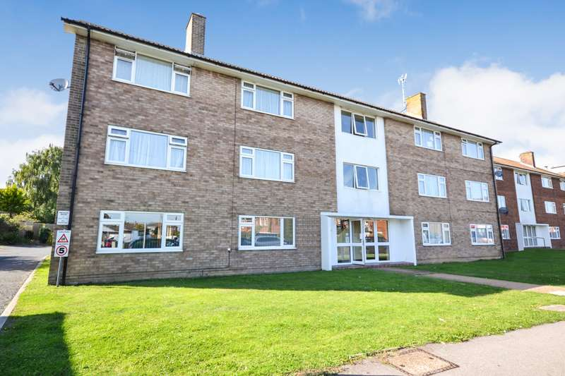 2 Bedrooms Flat for sale in Elizabeth Court, High Street, Polegate, BN26