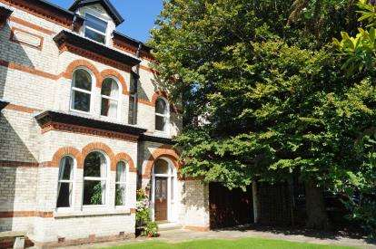 5 Bedrooms Semi Detached House for sale in Elson Road, Formby, Liverpool, Merseyside, L37