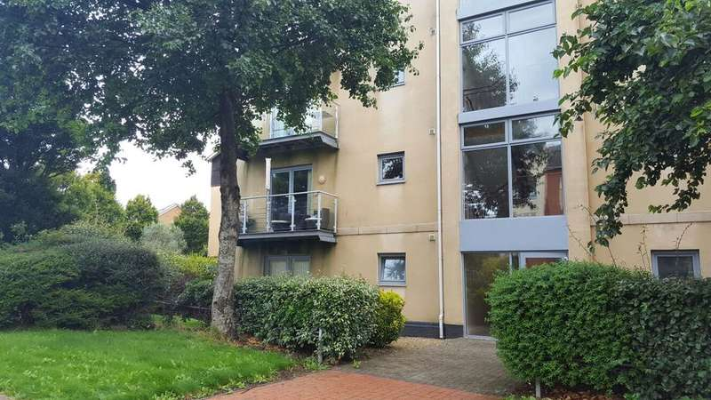2 Bedrooms Apartment Flat for sale in Glanfa Dafydd, Barry