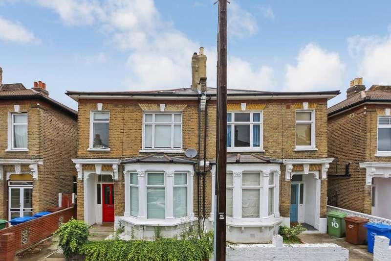 3 Bedrooms Flat for sale in Trossachs Road, London SE22