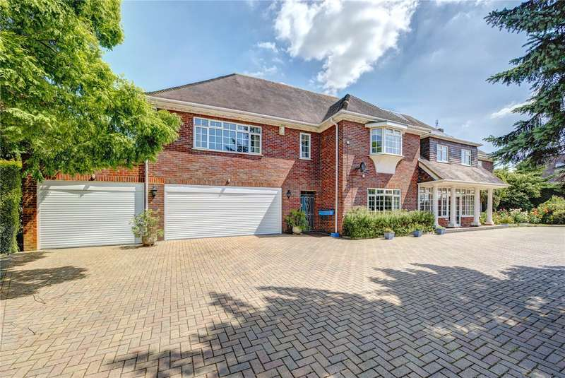 6 Bedrooms Detached House for sale in Home Farm Road, Rickmansworth, Hertfordshire, WD3