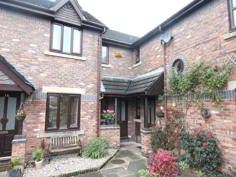 3 Bedrooms Property for sale in Alum Court, Holmes Chapel, Cheshire, CW4