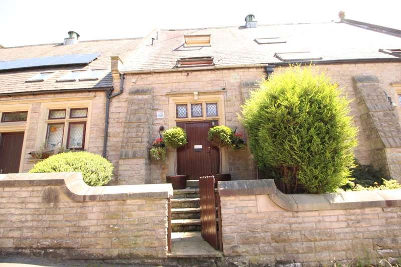 3 Bedrooms Terraced House for sale in Etherow Brow, HYDE, SK14