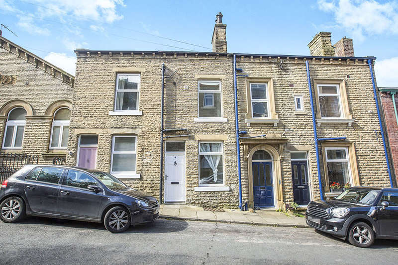 3 Bedrooms Terraced House for sale in Osborne Street, Hebden Bridge, HX7