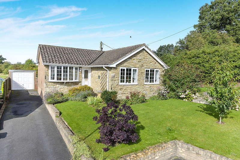 3 Bedrooms Detached Bungalow for sale in Poplar Avenue, Kirkbymoorside, York, YO62
