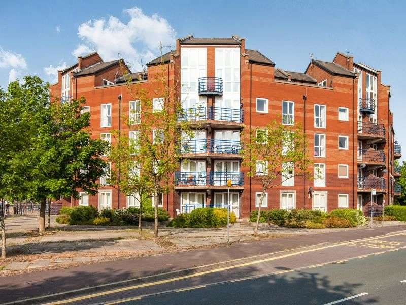 2 Bedrooms Flat for sale in Princes Reach, Ashton-On-Ribble, Preston, PR2