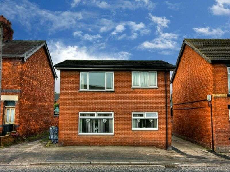 2 Bedrooms Flat for sale in Booth Lane, Middlewich, CW10