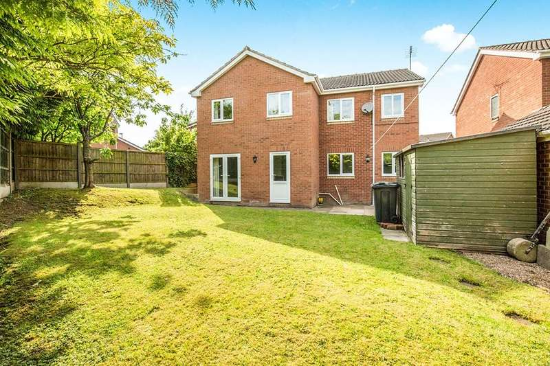 4 Bedrooms Detached House for sale in Kedleston Close, Ripley, DE5