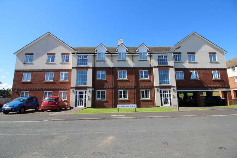 2 Bedrooms Flat for sale in Station Avenue, Whitby, YO21