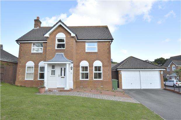 4 Bedrooms Detached House for sale in Hare Way, ST LEONARDS, TN37 7UG