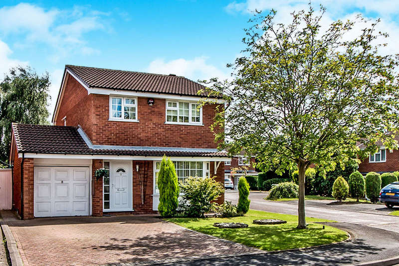 4 Bedrooms Detached House for sale in Turnberry Drive, Wilmslow, SK9
