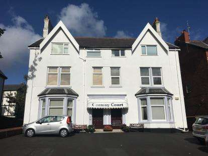 1 Bedroom Flat for sale in Conway Court, 13-15 Park Road, Lytham St. Annes, Lancashire, FY8