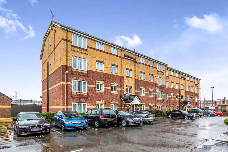 2 Bedrooms Flat for sale in Little Bolton Terrace, Salford, M5
