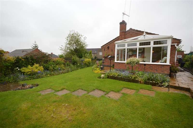 3 Bedrooms Bungalow for sale in May Meadow Close, Barlestone, Nuneaton, CV13 0HN