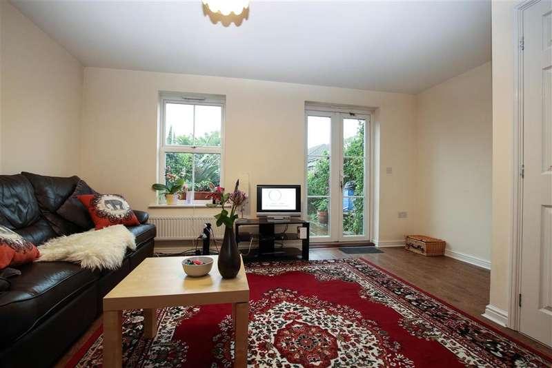 3 Bedrooms Terraced House for sale in Lower Rainham Road, Gillingham, Kent
