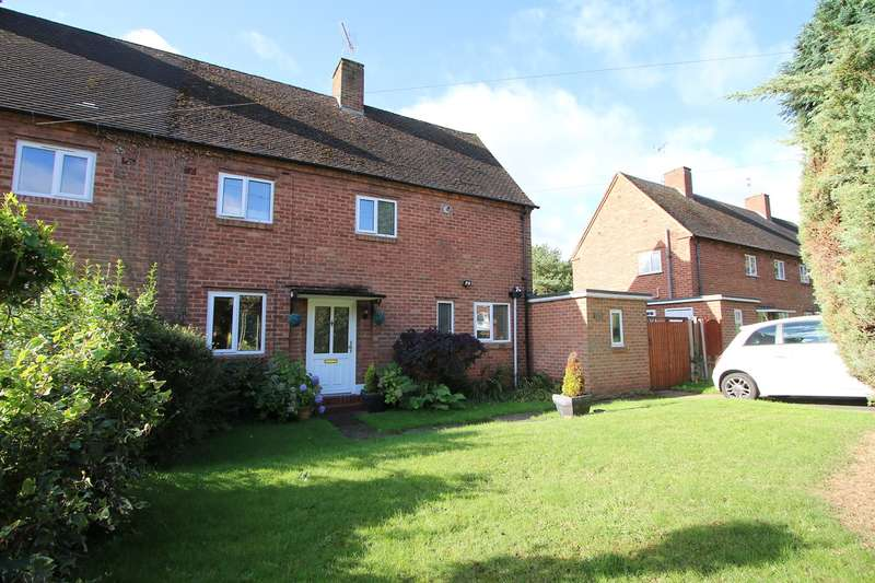 3 Bedrooms Semi Detached House for sale in Hoarstone, Hagley, Stourbridge, DY8