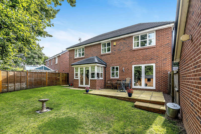 5 Bedrooms Detached House for sale in Bridgeford Grove, Great Bridgeford, Stafford, ST18