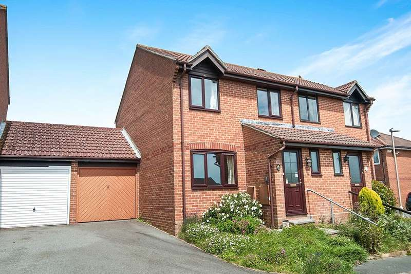 3 Bedrooms Semi Detached House for sale in Kilpatrick Close, Eastbourne, BN23