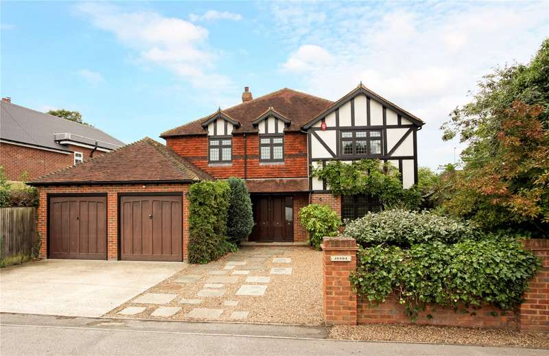 5 Bedrooms Detached House for sale in The Friary, Old Windsor, Berkshire, SL4