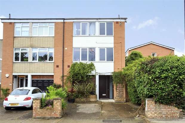 4 Bedrooms Semi Detached House for sale in College Road, Isleworth, Middlesex