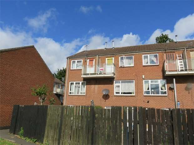 3 Bedrooms Terraced House for sale in Randal Gardens, Nottingham