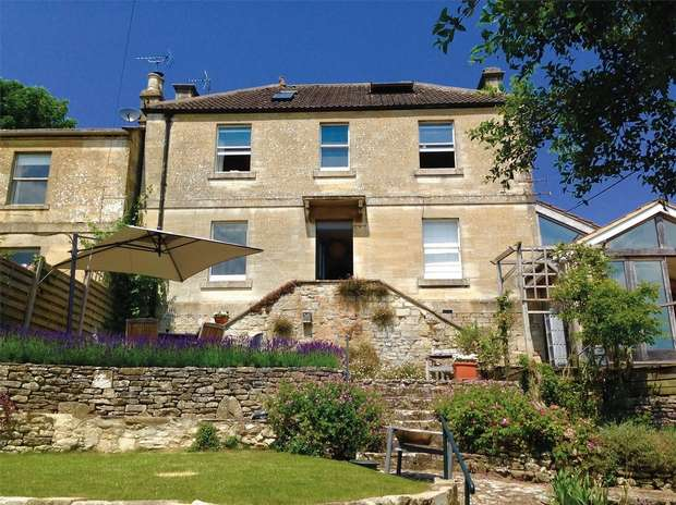 5 Bedrooms Detached House for sale in 9 Belcombe Place, Bradford on Avon, Wiltshire