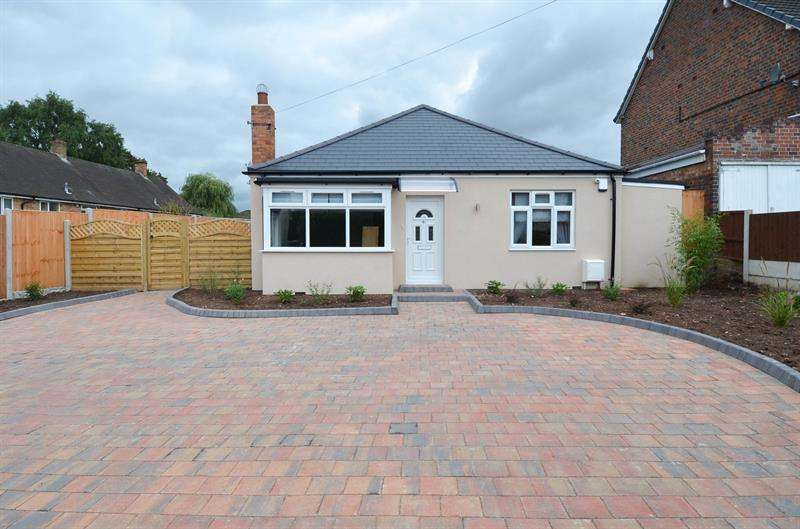 3 Bedrooms Bungalow for sale in Glenavon Road, Kings Heath, Birmingham