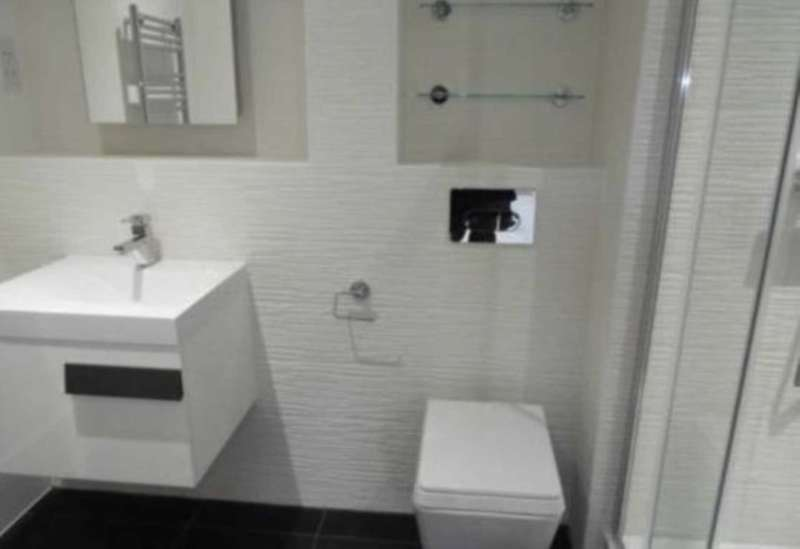 3 Bedrooms Apartment Flat for sale in Salford