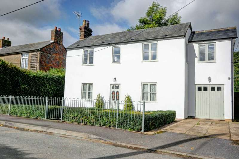 4 Bedrooms Detached House for sale in Mill Road, Stokenchurch