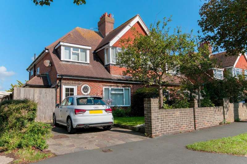3 Bedrooms House for sale in Grove Road, Seaford, BN25 1TP