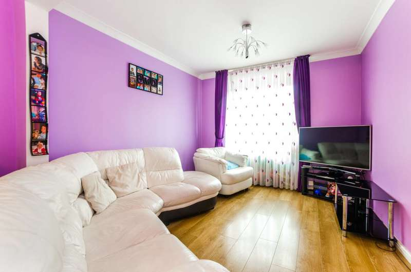 2 Bedrooms House for sale in Awfield Avenue, Tottenham, N17