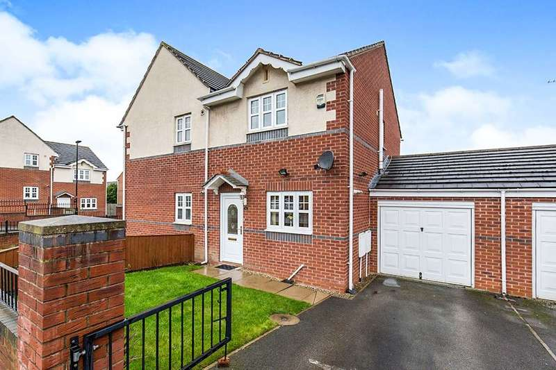 2 Bedrooms Semi Detached House for sale in Cartmell Drive, Leeds, LS15