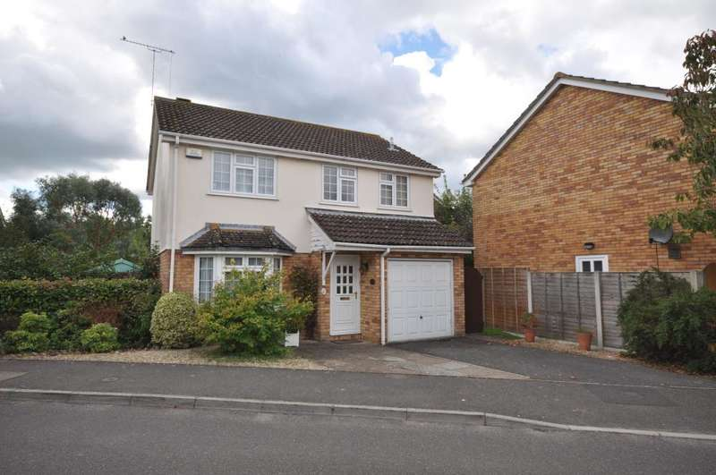 4 Bedrooms Detached House for sale in Hightown, Ringwood, BH24 3RH